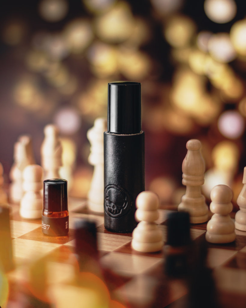 EDC Photography - Chess Similar Color Example