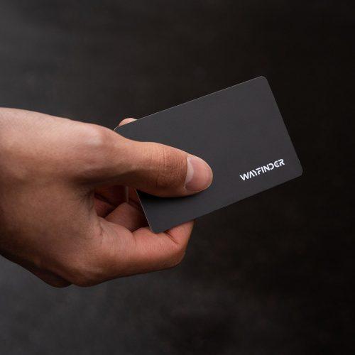 glitch-data-blocking-card-lifestyle-03